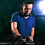 Tải nhạc hay Tuyển Tập Các Ca Khúc Hay Nhất Của DJ Hoàng Anh (2011) hot