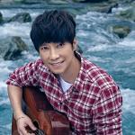 Nghe nhạc Yêu Trong Khoảnh Khắc / 愛在當下 mới online