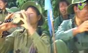 Video nhạc Chào Em Cô Gái Lam Hồng (Karaoke) online